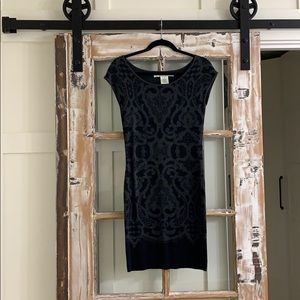 Fitted black and grey dress